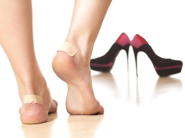 21509990 – use of sticky plasters due to tight footwear