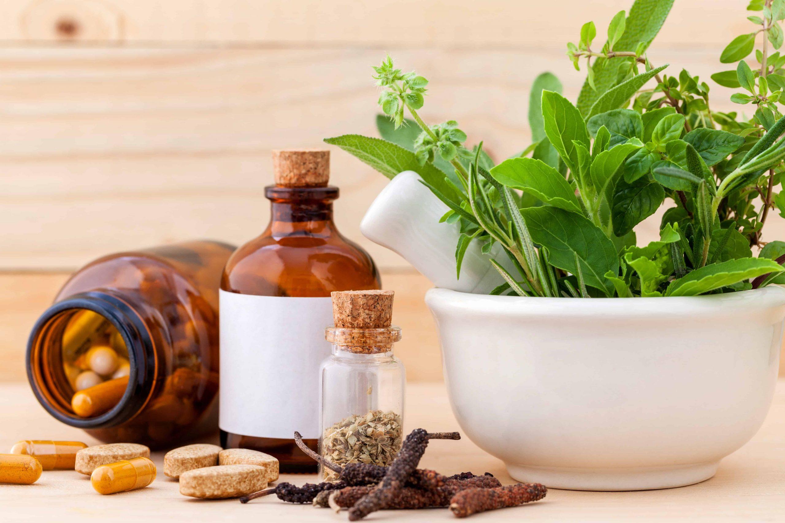 Pflanzliche Schmerzmittel: Mit Kräutern und Gewürzen zu Schmerzfreiheit