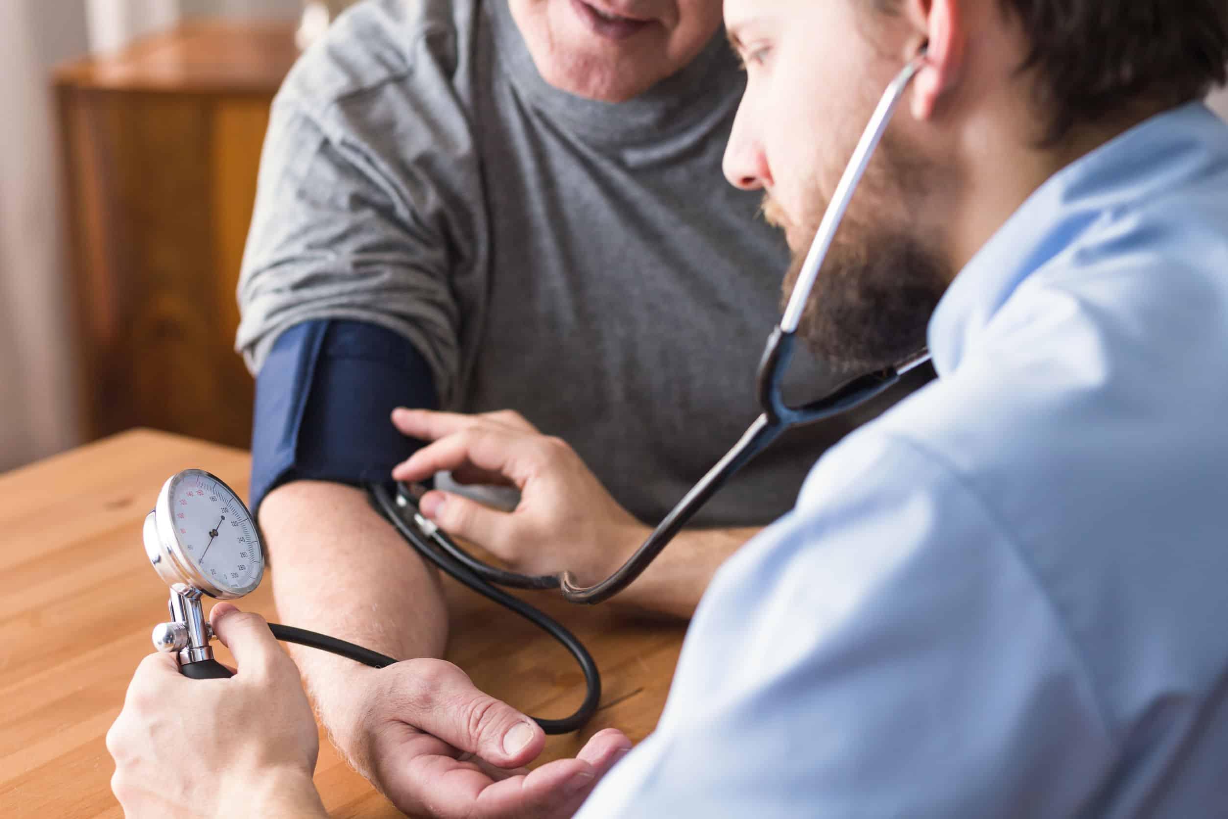 Blutdruckmanschette: Test & Empfehlungen (04/21)